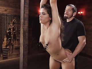 Whipping The Training of Victoria Voxxx Day 2