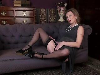 Nylon Mature Lady 2
