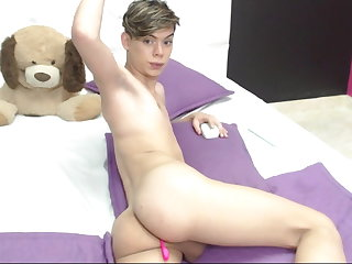 Slovakian Pretty Butt Boy