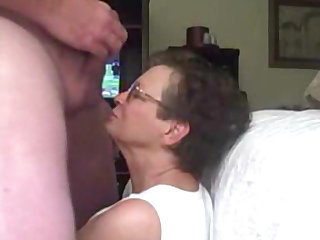 Granny cant recist flashed cock