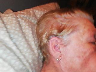 Chinese Acabada en la cara de la abuela