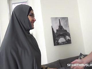 Czech Slacking muslim wife punished