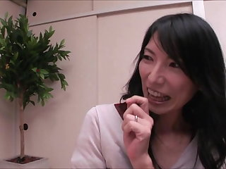 Wife Sharing Mature JAV call girl likes it hot