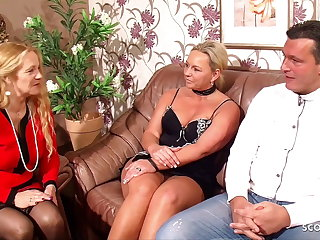 Mom REAL GERMAN MATURE COUPLE FUCK IN FRONT OF OLD WOMAN