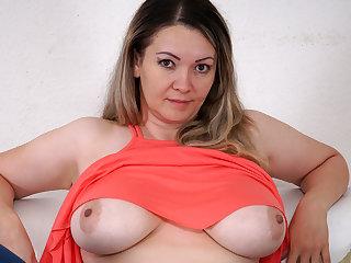 Big Butts Amateur mommy from Uzbekistan